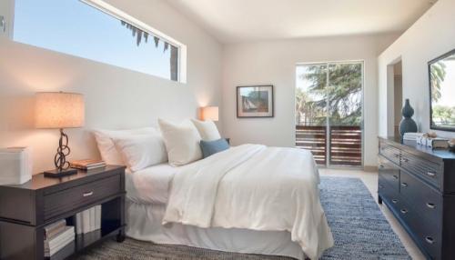 8 East Condominiums- Los Angeles